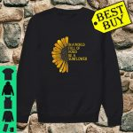 In a world full of roses be a sunflower fun gardeners shirt sweater